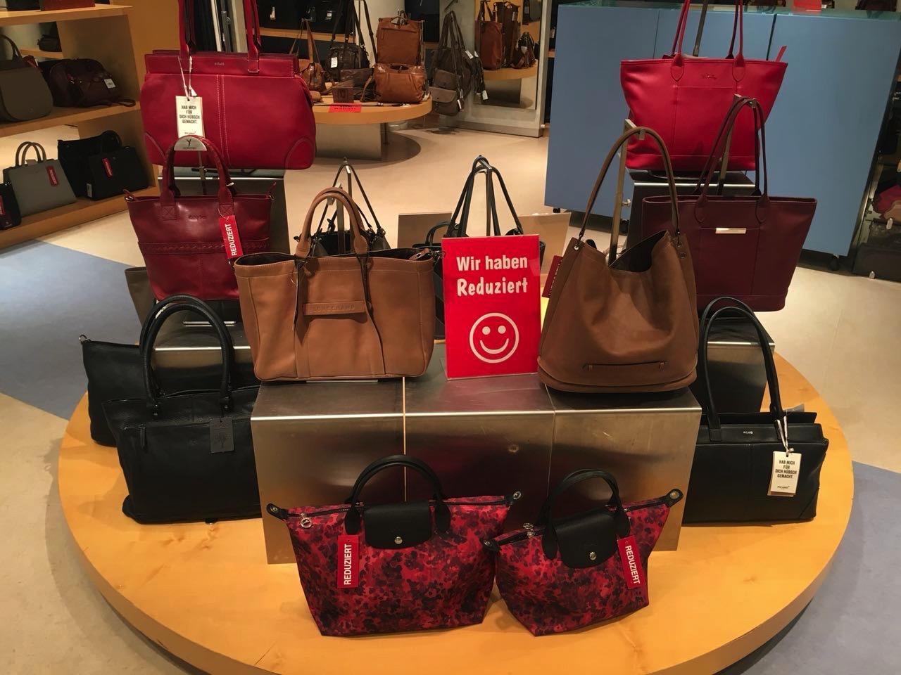 Handtaschen günstig kaufen in Aschaffenburg - Ausverkauf wegen Geschäftsaufgabe bei Leder Weis