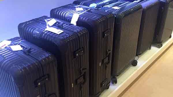 Alukoffer auf Rollen - Rimowa Koffer Sale wegen Geschäftsaufgabe in Aschaffenburg bei Leder Weis