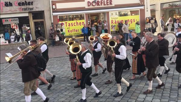 Frühjahrsdult Landshut Umzug 2018 Dult Bilder Kolpingblaskapelle Landshut Fotos Haack