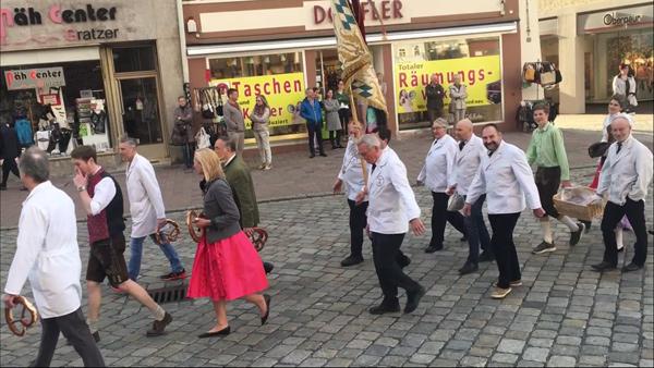 Frühjahrsdult Umzug Landshut 2018 Dult Bilder Metzger - Innung Fotos Haack