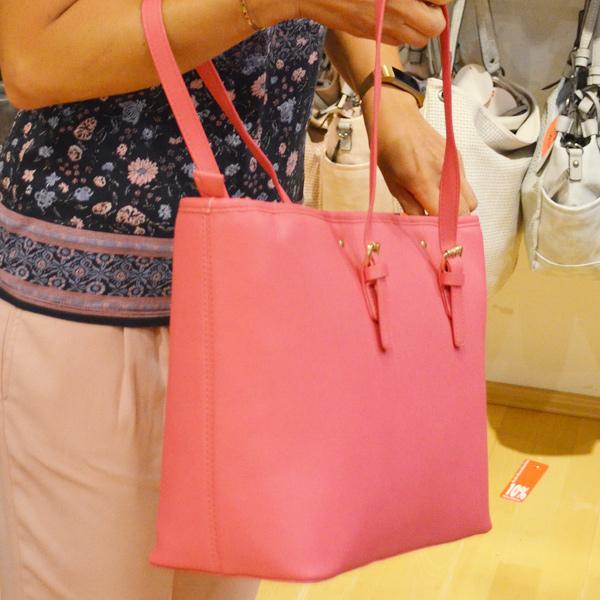 hochwertige Marken Handtaschen reduziert - Offermann schließt Filialen in Hürth Park und im Rheincenter Köln Weiden