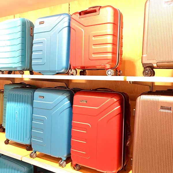 Opheffingsuitverkoop-Trolley-kopen-goedkoop-koffer-uitverkoop-Offermann-Aken-Adalbertstr-35-en-Markt-54-Travelite-Vector